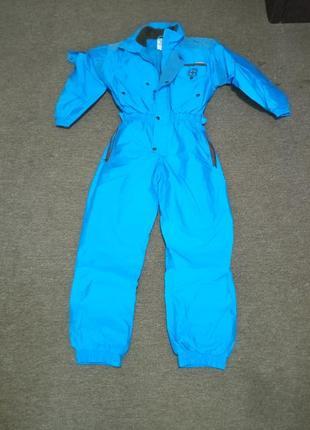 Лижній комбінезон насиченого голубого кольору colmar . розмір 40