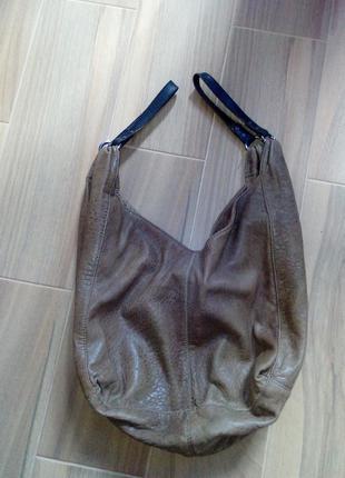 Кожаная фирменная сумка- мешок,бренд asos