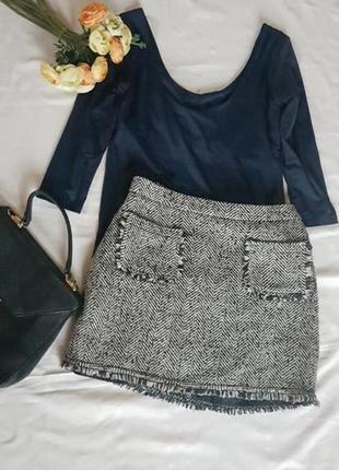 Теплая прямая мини юбка с бахромой под шанель