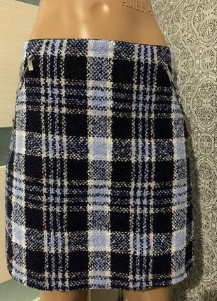 Стильная шерстяная юбка в клетку