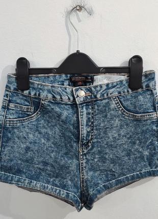 Шорты джинсовые на высокой посадке bershka