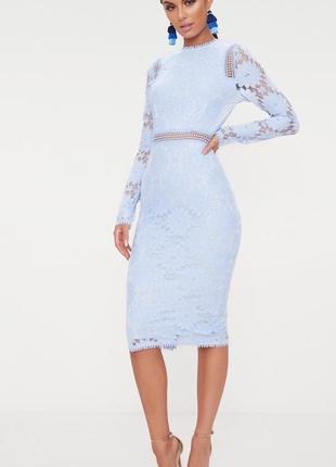 Очень красивое торжественное кружевное платье миди с длинными рукавами