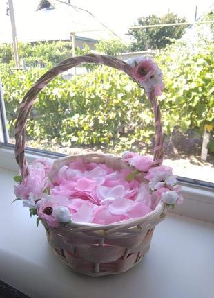 Свадебная корзинка,  корзинка для лепестков роз