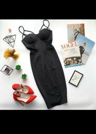 Черное платье-футляр/платье бюсьбе с чашками