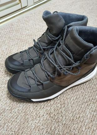 Зимние ботинки adidad terrex climaproof