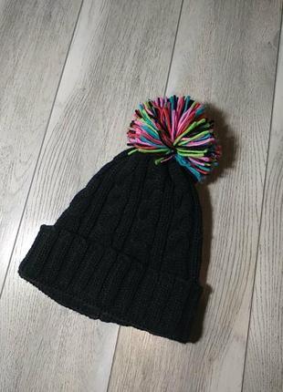Жееская шапка с балабоном