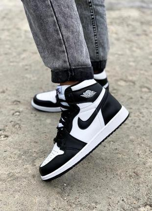 Женские кроссовки nike air jordan 1 retro high patent black white джордан ретро