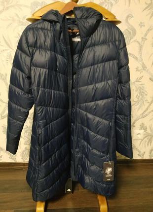 Adidas пуховик, размер хл (52-54),очень теплый и легкий,оригинал.