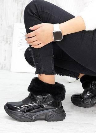 Спортивные кроссовки ботинки лак кожа