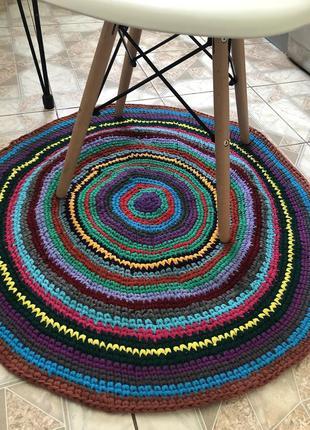 Стильный коврик диаметр 88