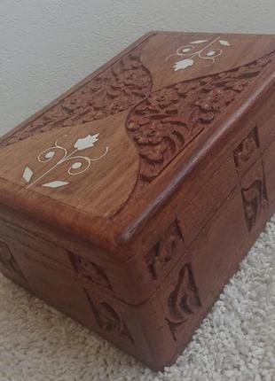 Деревянная старинная шкатулка из англии.