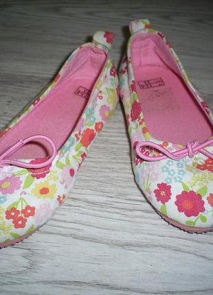 Туфельки для девочки 23 размер