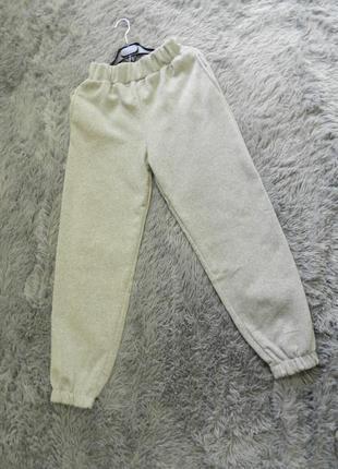 Тёплые штаны на флисе джогеры