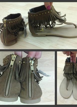 Босоножки 38 сандалии гладиаторы бахрома змейка шлепки туфли