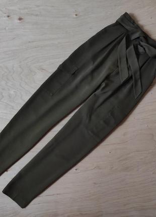 Стильные брюки штаны с высокой посадкой primark