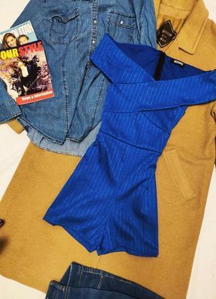Ромпер комбинезон синий короткий эластичный с открытыми плечами missguided