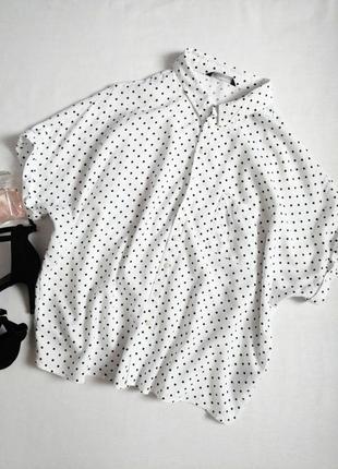 Актуальная блуза свободного кроя в горох