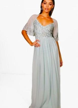 Шикаррое вечернее платье , расшитое бисером