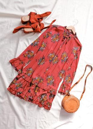 Трендове плаття simpleе