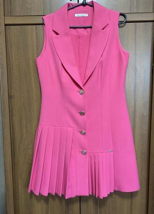 Екслюзивная вещь, розовый сарафан dojery