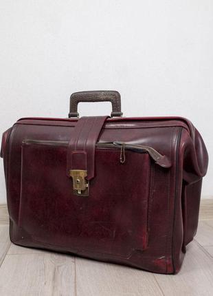 Саквояж чемодан ретро кейс с двумя отделениями на замочке