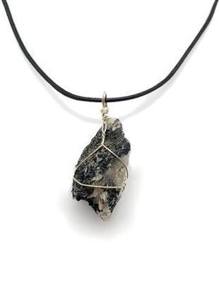 🌑🌟 кулон натуральный камень рутиловый кварц волосатик в оплетке из проволоки на шнуре