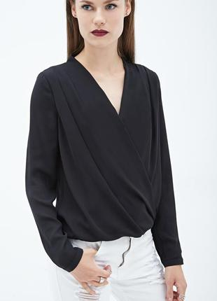 Стильная комбинированная блуза на запах от forever 21