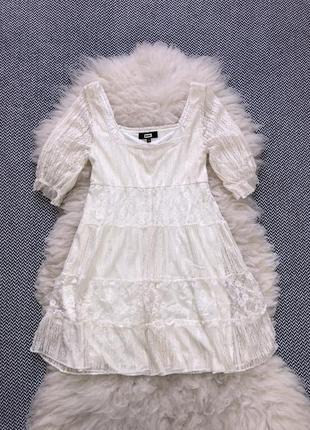 Кружевное кремовое платье квадратный вырез кружево пышное мини