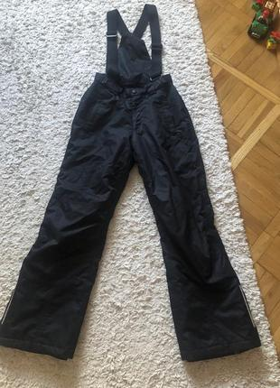 Лыжный штаны,лыжный комбинезон,152 рост