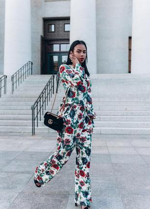 Шикарный летний костюм в пижамном стиле h&m брюки блуза маки