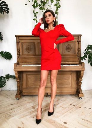 Платье элегантное красное
