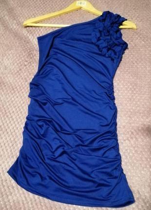 Коктейльное мини платье на одно плечо