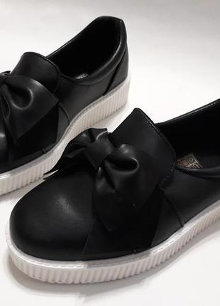 Черные женские слипоны (кеды, туфли) с бантиком