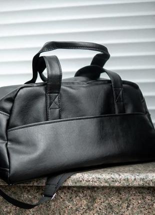 Чёрная стильная кожаная большая вместительная мужская урбан сумка ручная кладь