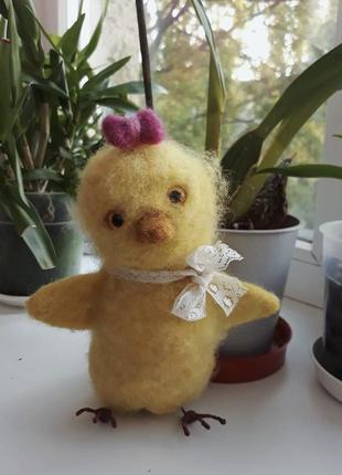 Цыпленок из шерсти