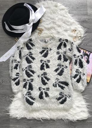 Очень красивый очень теплый свитер светр в идеальном состоянии 🖤cameo rose🖤