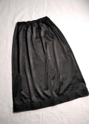 Черная нижняя юбка миди. италия