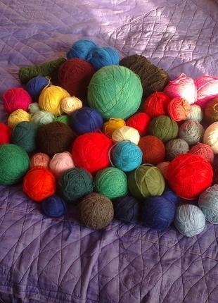 Набор ниток для ручного и машинного вязания вес 3,7 кг