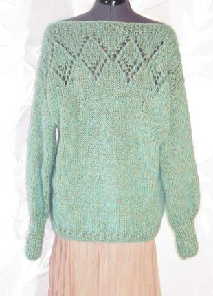 Очень мягкий,теплый свитер.новый.