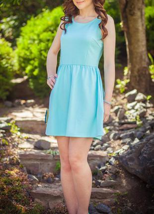Короткое мятное платье от ostin