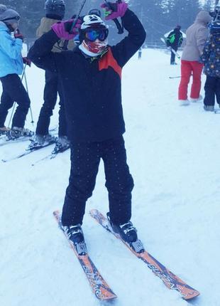 Брендовая лыжная куртка  унисекс на подростка.