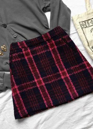 Трендовая тёплая тёмно-синяя мини юбка в клетку от oasis