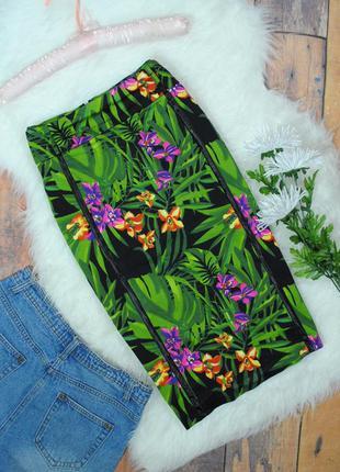 Стильная юбка-карандаш с тропическим принтом в4090 размер eur 38 (m)