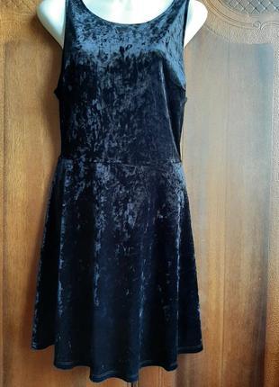 Новое красивое платье от h&m р. 12