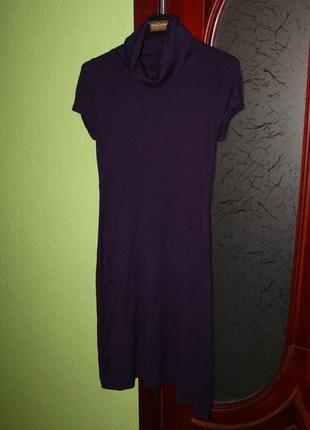 Теплое трикотажное платье размер м от mango