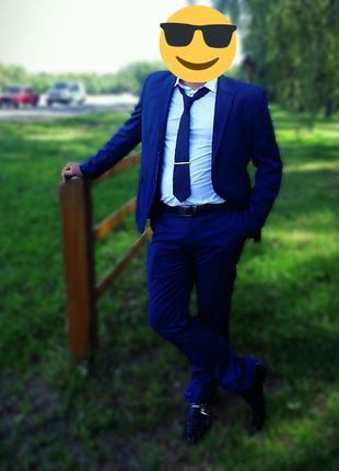 Продам мужской свадебный костюм синий