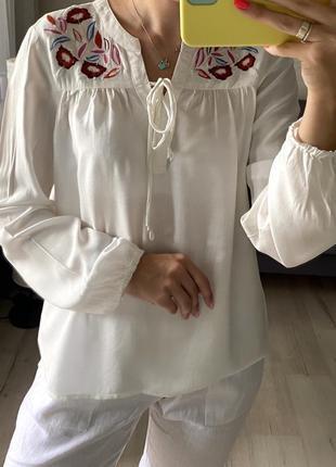Натуральная легенькая рубашка с вышивкой, вышиванка