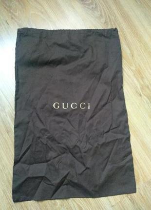 Gucci фирменный пыльник