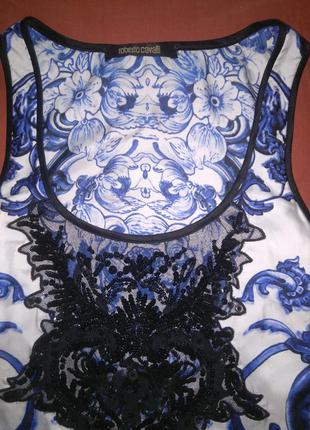 Платье мирового бренда