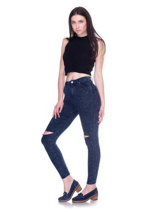 Новые джинсы с рванными коленками р 34